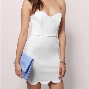 Tobi Scalloped Strapless Dress